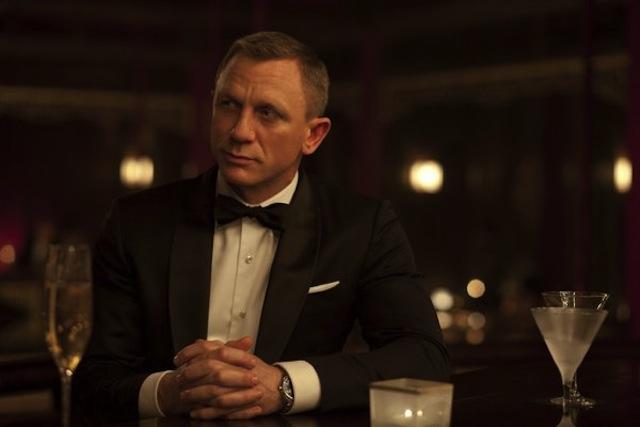 Daniel Craig skyfall body